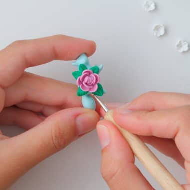 Jewelry Tutorial: Create a Flower With Polymer Clay