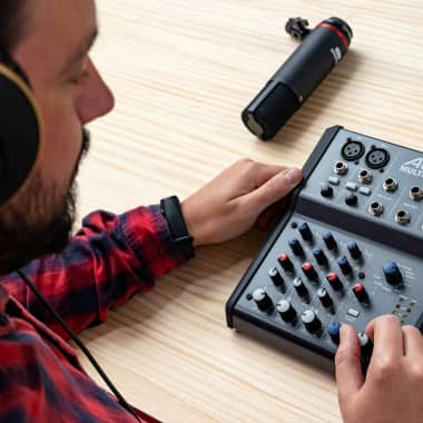 Essential Equipment for Creating Podcasts