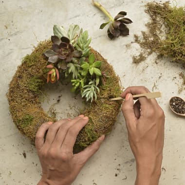12 Free Tutorials for Handmade Creativity