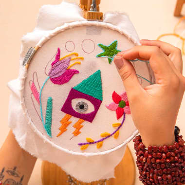 10 Online Creative Embroidery Courses for Beginners