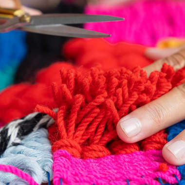 Weaving Tutorial: How to Create the Pompom Effect