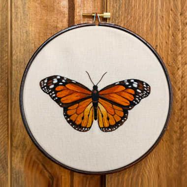 Descarga gratis un patrón de mariposa para bordar