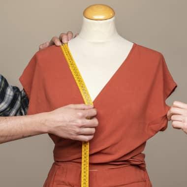 8 cursos online para criar peças de roupa facilmente