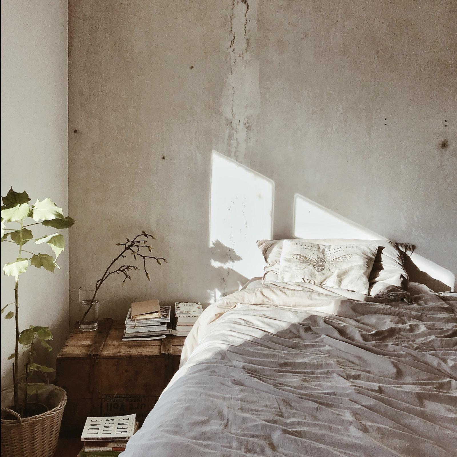 How to Apply Japanese Wabi-Sabi in Interior Design