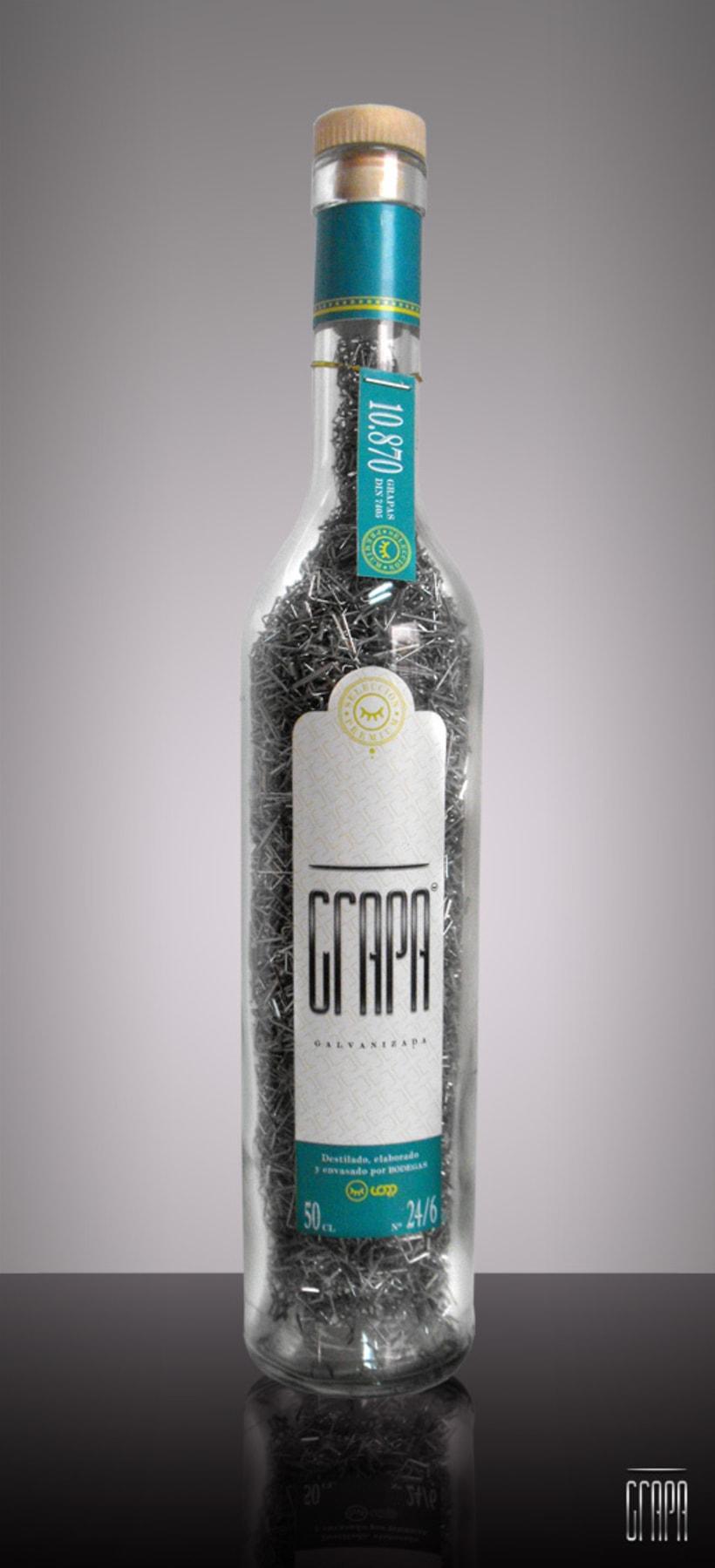 Botella de Grapa. 2