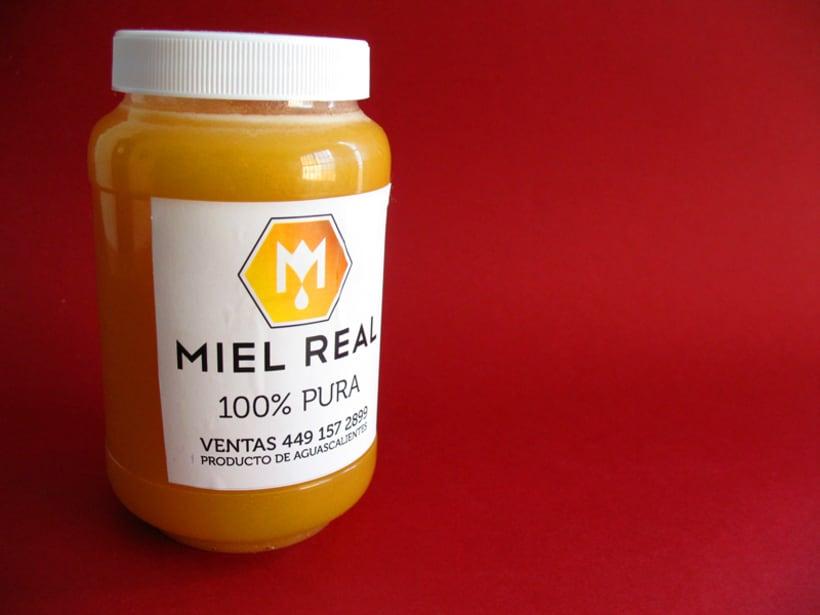 Miel Real, identity. 5