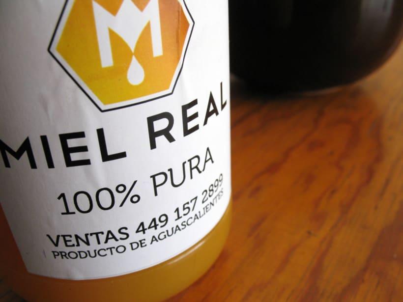 Miel Real, identity. 4