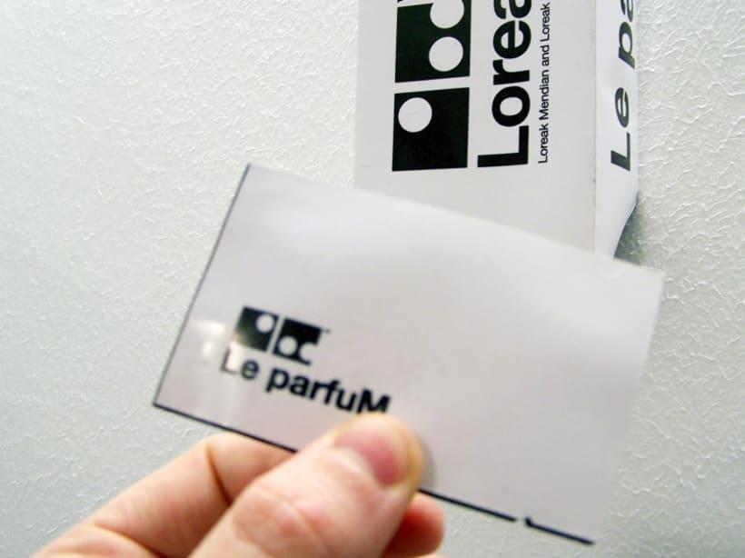 Le parfuM. Prototipo para Loreak Mendian.  2