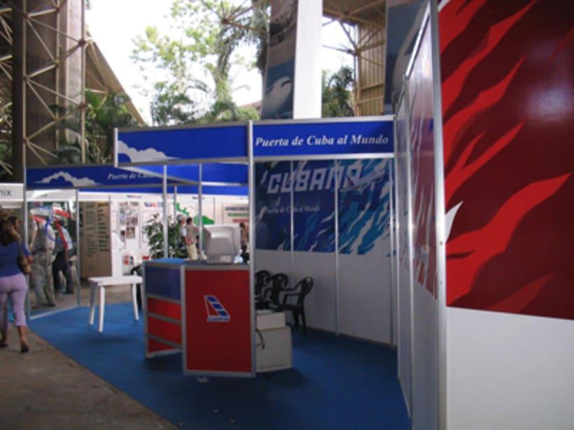 Stand Cubana de Aviación FIHAV 2004 1
