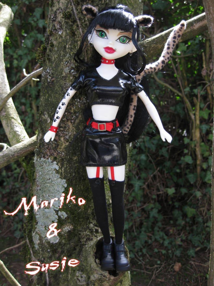 Katerina Moreau in the Tree 1