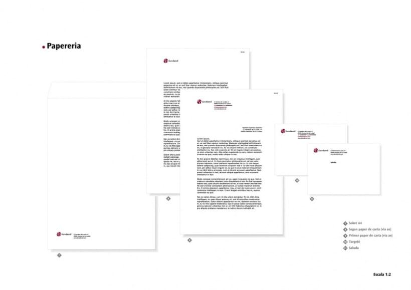 Manual de Identidad Visual y aplicaciones de la empresa Daredared 4