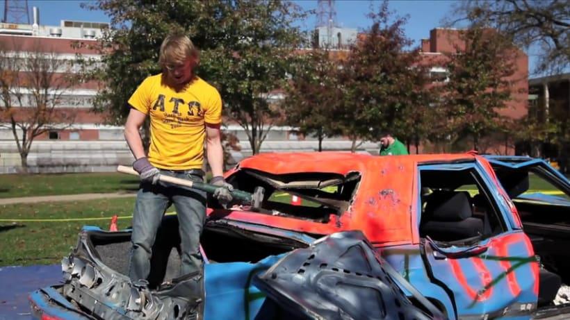 Destruyendo un coche 9