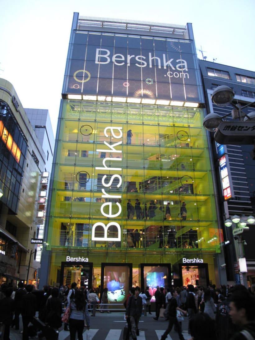 Shibuya shop installation (Tokyo) 4