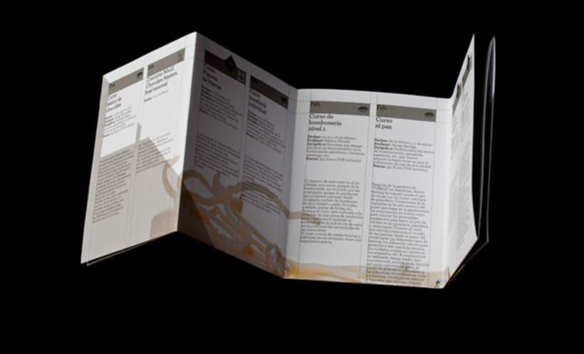 Desplegable promocional 2011 | Aula Chocovic 5