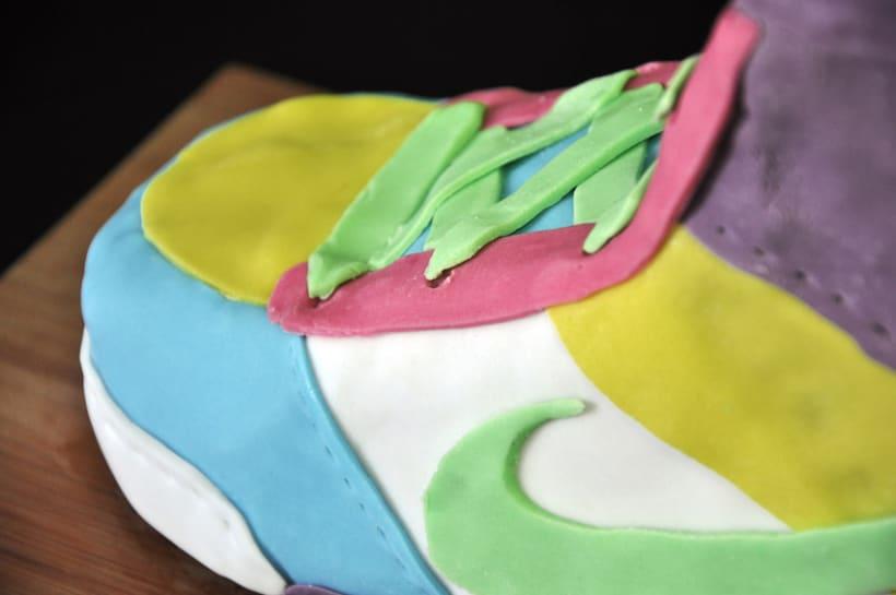 Nike Cake 4
