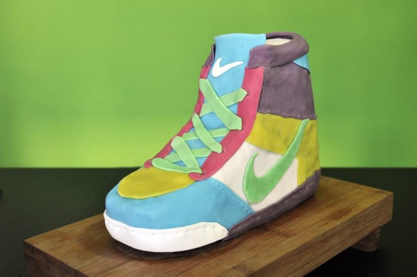 Nike Cake 7