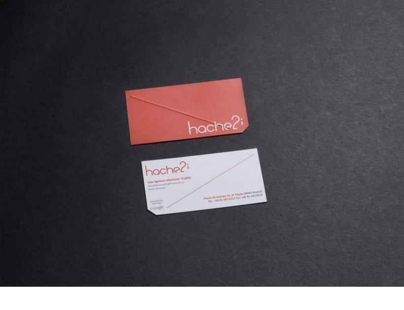 Hache2i, logotipo, tarjetas, material corporativo y página web. 4