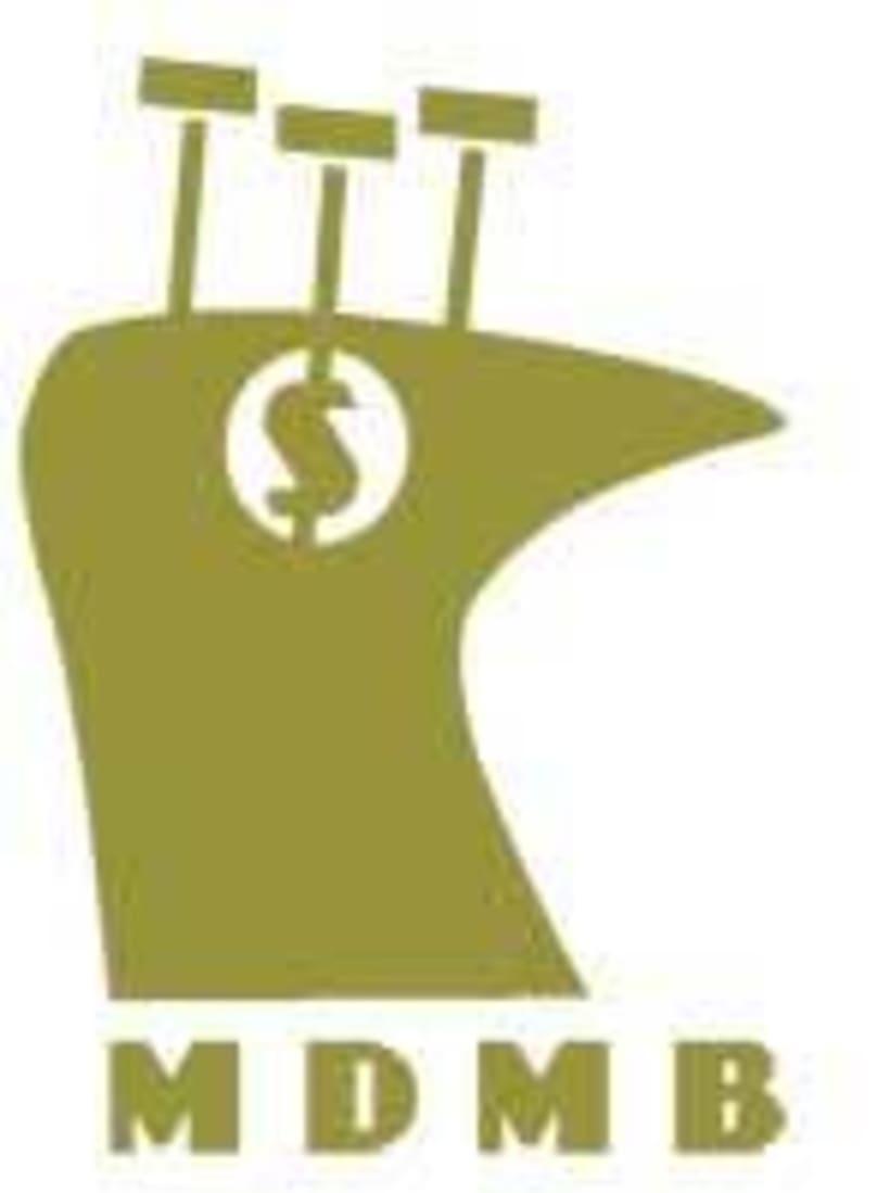 Logo y Merchandising  6