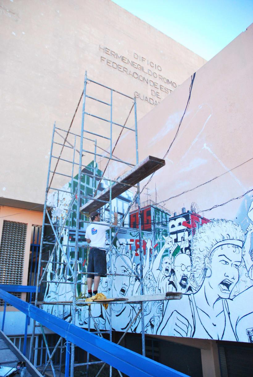 """Mural """"Revolución"""" en la F.E.G. 14"""
