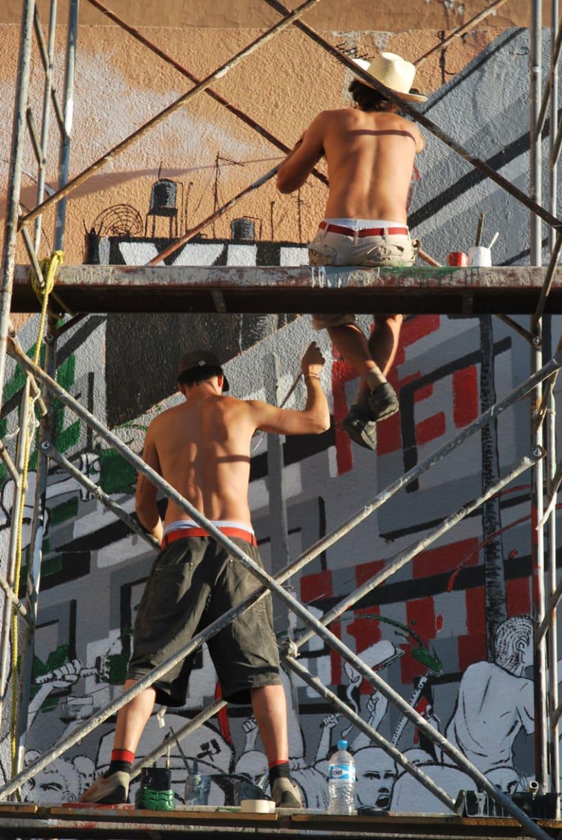 """Mural """"Revolución"""" en la F.E.G. 13"""