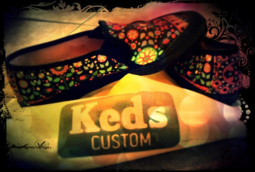 Keds featuring Sarito:. 8