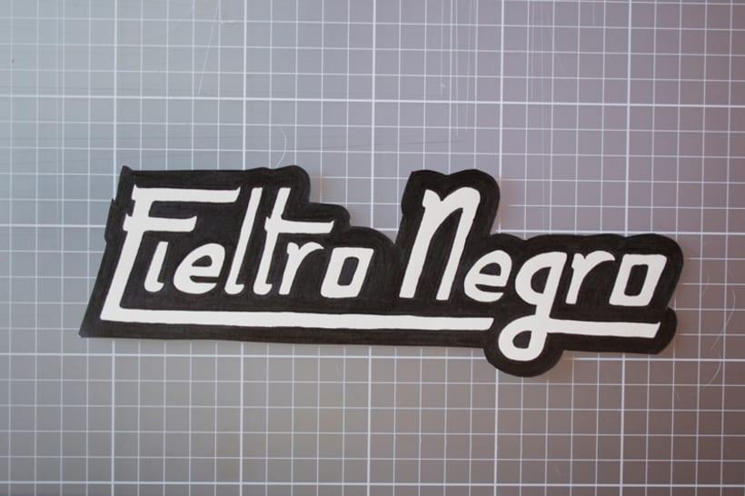 Fieltro Negro 6