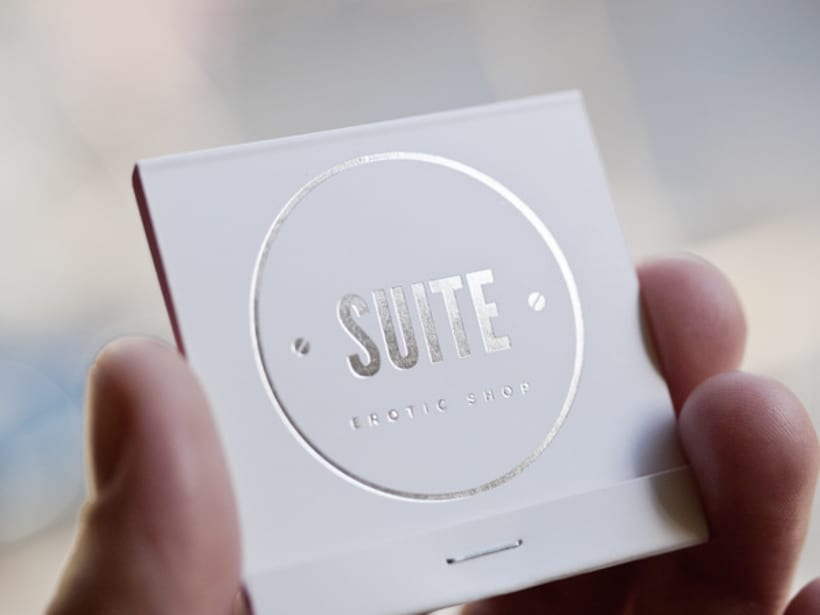Suite. Erotic shop branding 11