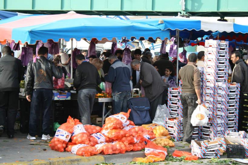 Mercado semanal de Canovelles 8