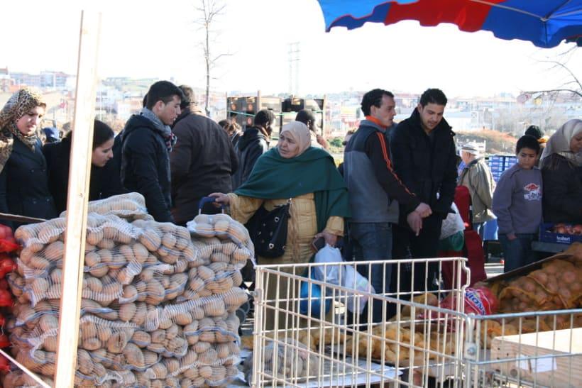 Mercado semanal de Canovelles 11