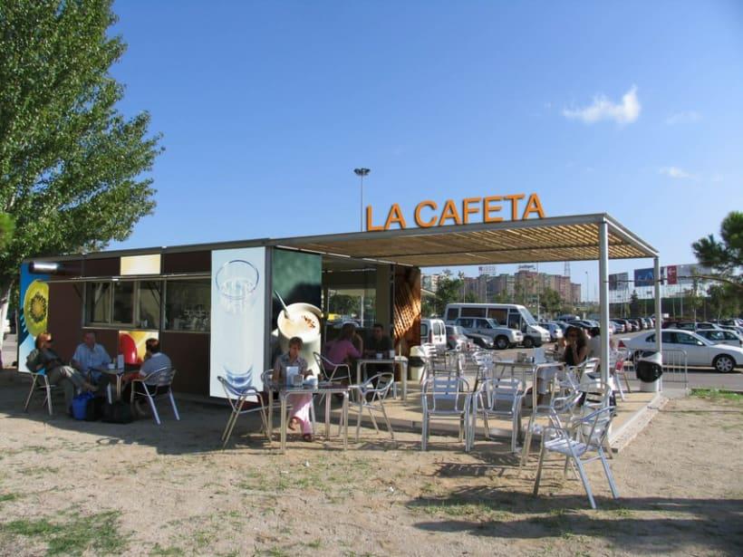 Cafeteria exterior Arcasa 1