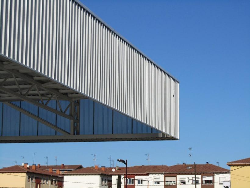 Pista cubierta en el colegio de Los Pericones. Gijón. 4