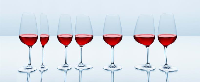 SPLASHING WINE 2
