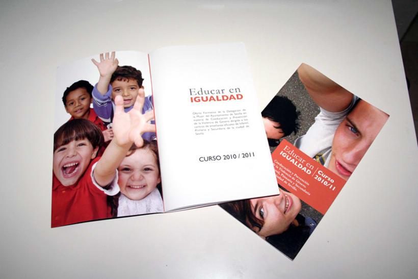Educar en igualdad. Curso 2010/2011: diseño editorial 4