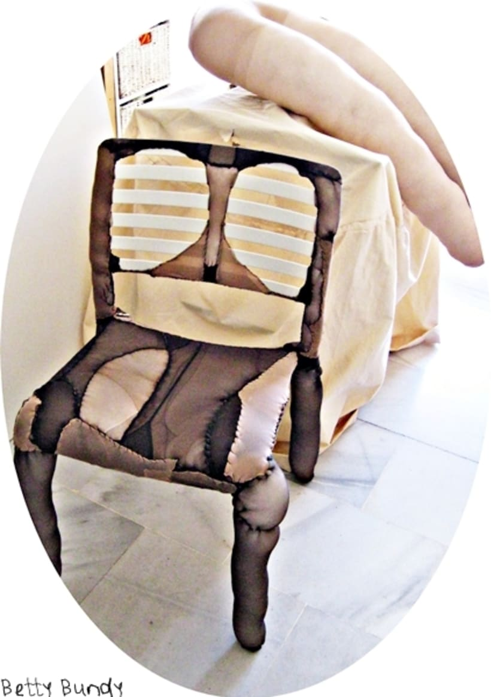 Arte y Diseño Textil (escenografía, instalación, esculturas blandas, tratamiento de objetos) 24