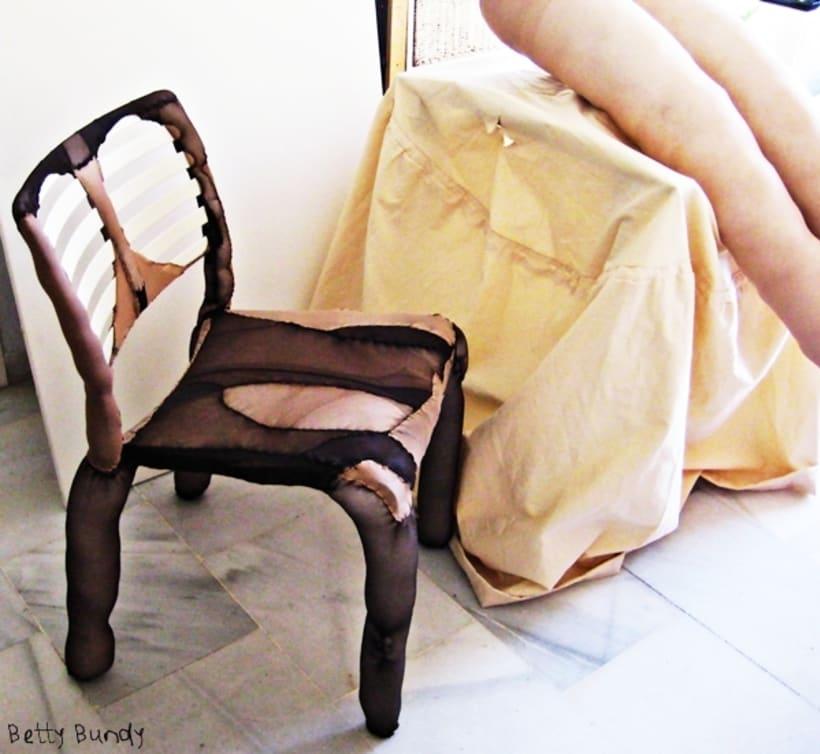 Arte y Diseño Textil (escenografía, instalación, esculturas blandas, tratamiento de objetos) 11
