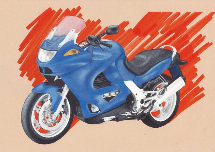 Moto con rotulador y pastel 1