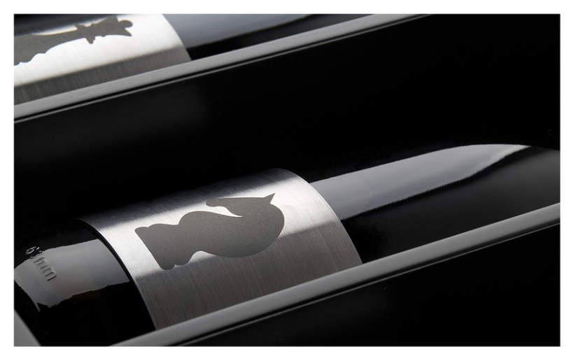 Cuatro Almas | Wine Packaging | Steel 4