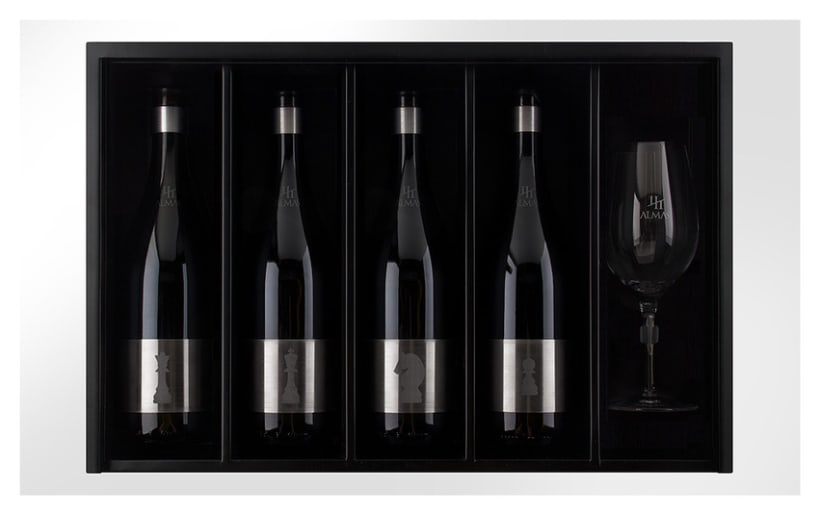 Cuatro Almas | Wine Packaging | Steel 7