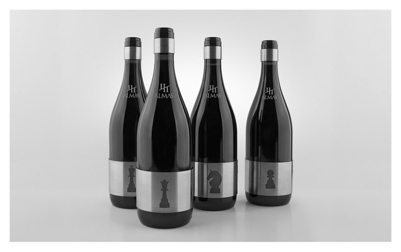 Cuatro Almas | Wine Packaging | Steel 12