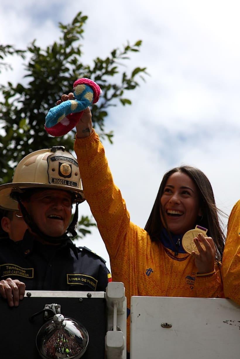 Multitudinario recibimiento a los medallistas en Bogotá DC 7