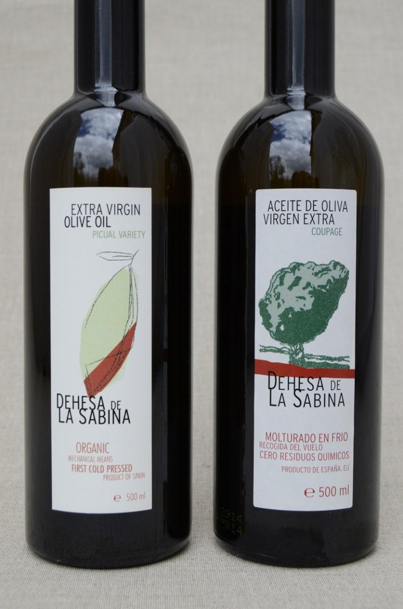 Bodegón Aceite Ecológico Dehesa de La Sabina 5