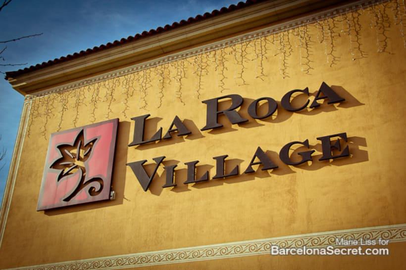 La Roca Village 9