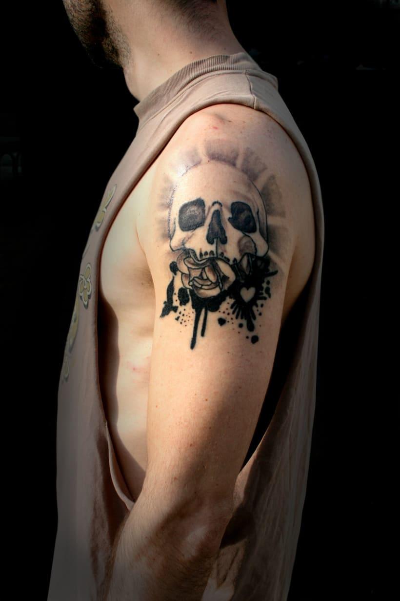 Tatuajes domestika for Calavera lobo