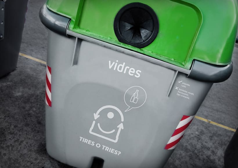 Tires o Tries campaña de reciclatge 7