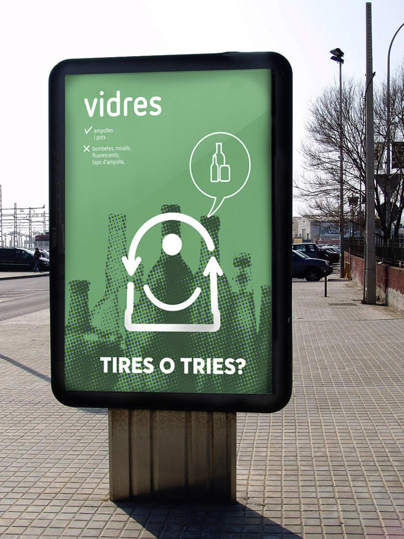 Tires o Tries campaña de reciclatge 3