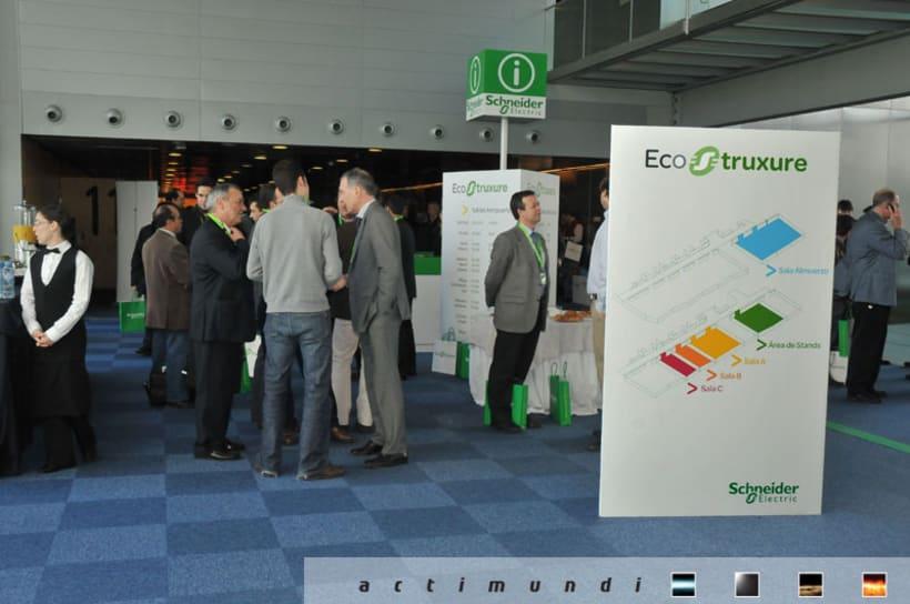 Schneider Electric - EcoStruxure 18