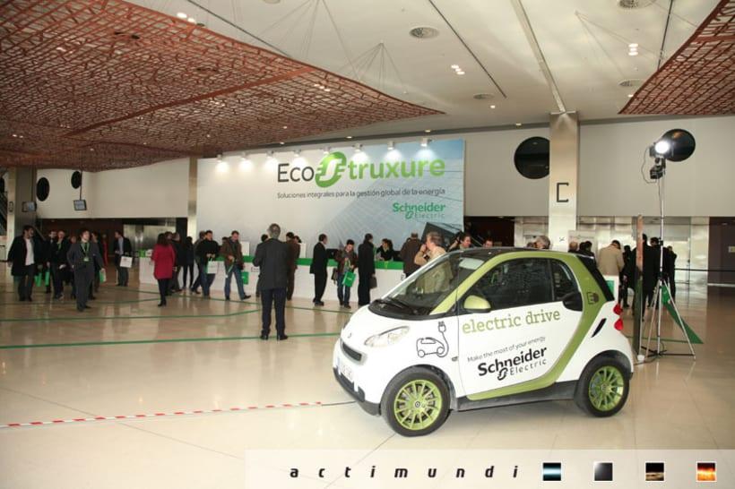 Schneider Electric - EcoStruxure 13