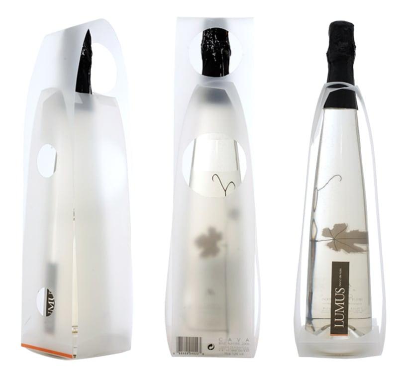 Packaging/PLV para una botella de Blanc de Noirs 3