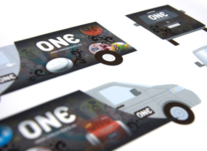 Diseño Folleto One Condoms (España) 2