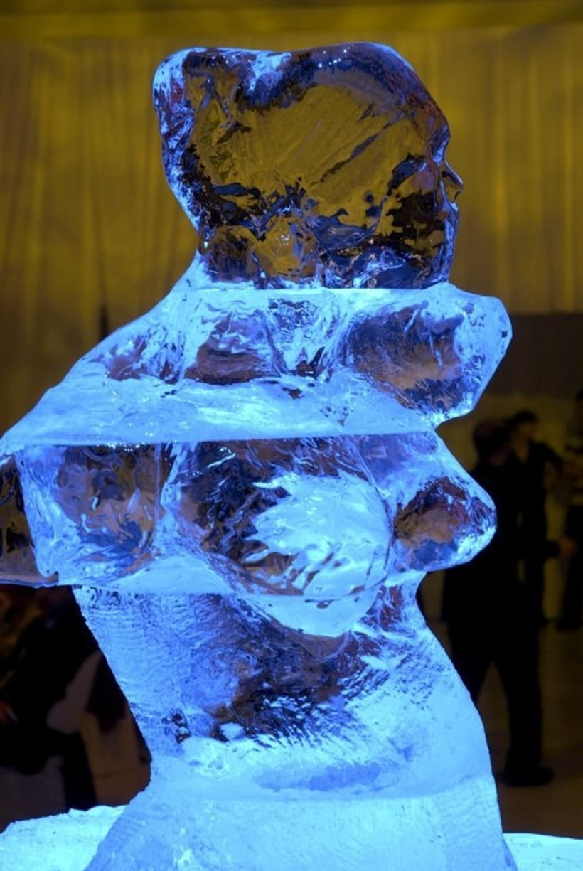 Escultura de hielo / ice sculpture 1
